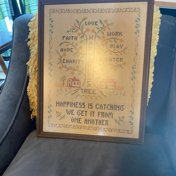 Vintage handmade sampler happiness tree 🌳